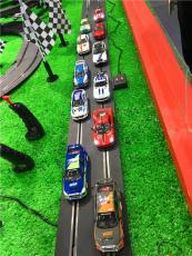 新型軌道賽車親子游樂設備電動軌道賽車