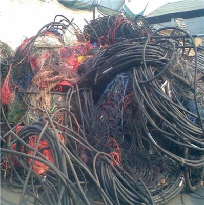 菏泽电缆线回收-实力回收-当场结账