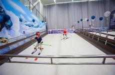 滑雪机制造机室内滑雪 滑雪学习机