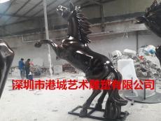 小區萬馬奔騰裝飾玻璃鋼仿真馬雕塑哪家好