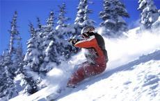 健身房滑雪機一臺多少錢 無限雪道滑雪機