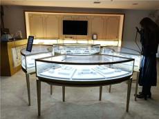 香港金圆形不锈钢珠宝展示柜定制厂家