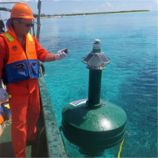 耐撞擊非鋼制浮標導航浮標生產廠家