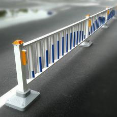 道路市政护栏 公路隔离栏 福建镀锌防护栏
