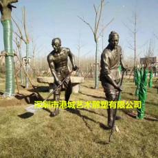 民俗耕地玻璃钢拿锄头人物雕像农耕水牛雕塑