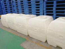 自贡市塑料立式车载水箱厂