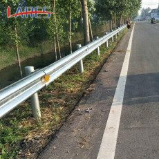 临汾波形护栏乡村公路护栏双波镀锌护栏供应