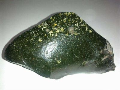 天宝石陨石的特征及交易价格