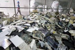閔行區回收廢品商大量收購倉庫積壓廢舊物資