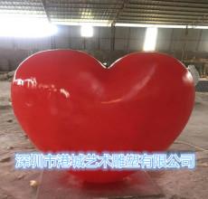 浪漫主題玻璃鋼紅心形雕塑商業櫥窗裝飾品