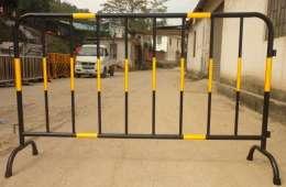 东莞定制隔离网厂家直销长安锌钢栅栏围挡