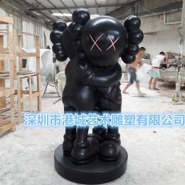 街头潮流玻璃钢kaws卡通雕塑厂家定制