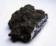 赤铁陨石市场价多少钱