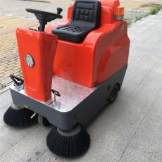 保洁清扫车 驾驶式电动小型清扫车