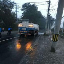 天海服装批发市场疏通路面管道