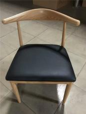 鐵質仿木牛角椅