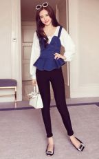 成都品牌女裝超便宜都服裝批發價依倩雪服裝