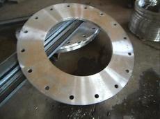 碳钢法兰、对焊法兰。大型法兰