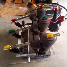 成都智能型真空断路器zw32柱上35kv高压开关