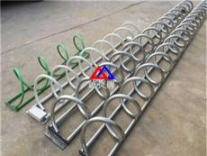铁管螺旋式自行车停车架价格 自行车停车架在哪里订购