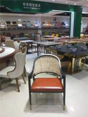 廣州肯麥餐飲家具實木藤編餐椅
