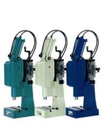 XL-VKL 6000-40-300德国mader气动肘杆压力机