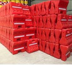 供甘肃兰州橡胶路锥或甘南塑料隔离墩厂家
