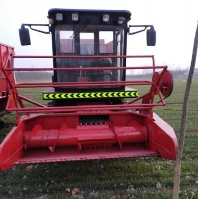 玉米秸秆青储粉碎机拖拉机带省力高效青储机