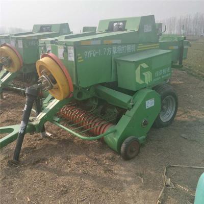 小型牧草秸秆粉碎打捆机 鲜牧草打捆包膜机