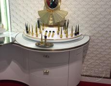 宜佳展柜厂-质量是化妆品展柜行业的命脉