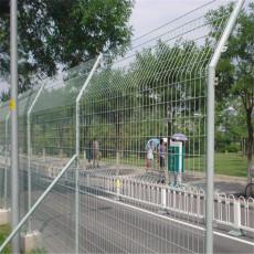河北赛喆专业定制1.8米高公路护栏网