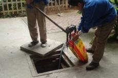 太原東中環路抽糞清理化糞池疏通下水道