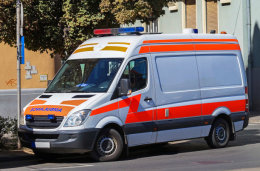 玉溪120救护车出租服务24小时在线