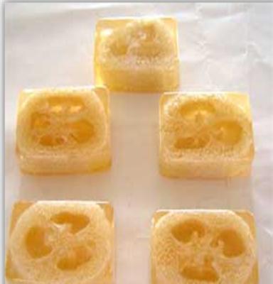 丝瓜络草本手工香皂 精油皂 美容皂去角质 护肤精油 透明皂