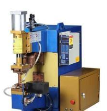 直銷廣州市德力設備拳頭新產品(DN系列氣動交流電焊、凸焊機)遠銷海外