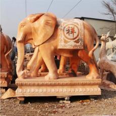 廠家直銷晚霞紅酒店門口擺放大象