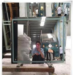 河北廠家加工玻璃切割  帶燈鏡子原片 玻璃鏡子噴砂磨邊加工