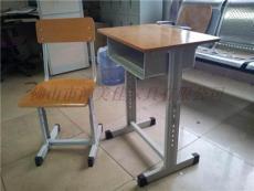 升降學生課桌椅,廣東鴻美佳廠家專業定制升降課桌椅