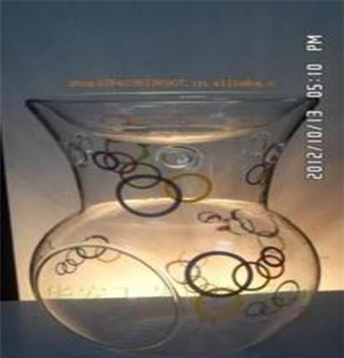 玻璃彩绘、雕刻、花纹香薰烛台