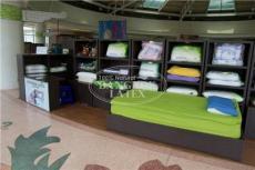供应泰国天然乳胶枕头,床垫,抱枕,羽绒被套,乳胶毛毯,玩具等
