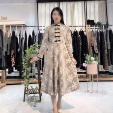 波西米亚长裙19年秋季新款 品牌折扣女装