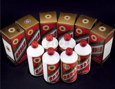 长江大桥牌五粮液收购价格整箱五粮液回收表