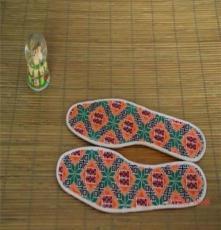 田媽媽經十二道工序全手工制作的囍花樣防滑除臭鞋墊