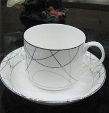 骨瓷咖啡杯茶杯配碟 情侶杯歐式 澳式咖啡杯碟套裝紛飛