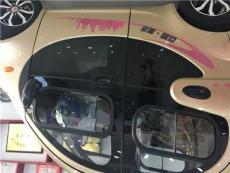 專業生產各種汽車鋼化玻璃、夾層玻璃