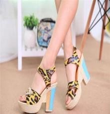 2014夏季新款女鞋粗跟防水台单鞋夜店英伦风欧洲站鱼嘴高跟女凉鞋