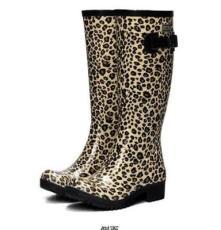 直銷飛鶴新款時尚豹紋雨鞋_女高筒雨靴_韓版天然橡膠雨鞋_防滑耐磨鞋