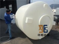 塑料氨水桶 4立方工�I塑料桶 4立方所以还会有自己�A液罐