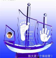 浦江水晶 批發各色水晶船 嬰兒紀念品 水晶手腳印 寶寶水晶手腳印