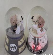批發可愛小熊帶燈65#家居擺設玻璃水球個性禮品